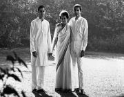 indira gandhi with sons, rajiv and sanjay