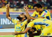 Kerala Blasters-FC Pune-ck-vineeth