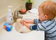 hand washing child